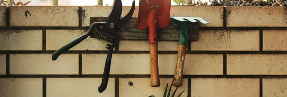 Tools That Make Home Landscaping Much Easier